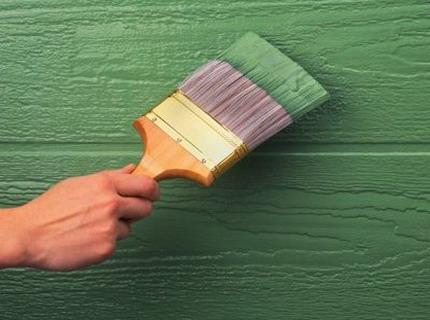 Как выбрать краску по дереву для наружных работ