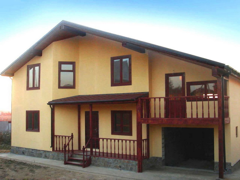 Как покрасить фасад дома: инструкция