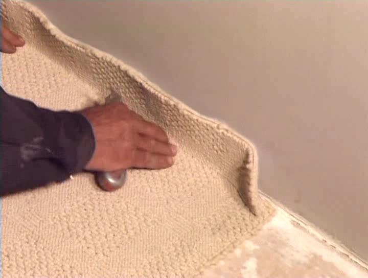 Как уложить ковролин?
