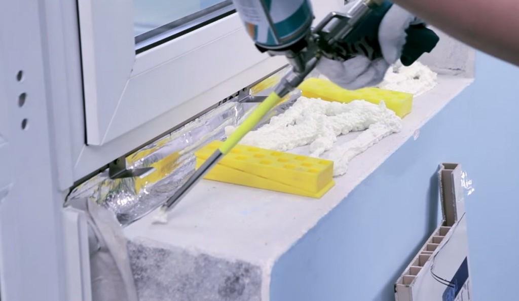 Установка подоконника на пластиковые окна своими руками